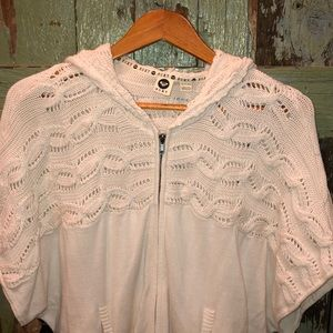 Roxy Brand sweater NWT , short sleeves size XS